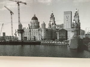 LARGE BLACK AND WHITE PICTURE OF LIVERPOOL PIER HEAD - Browsers Emporium