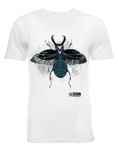 White graphic t-shirt in organic combed cotton with a detailed stag beetle design