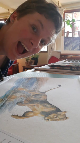 artist selfie fail with lioness painting