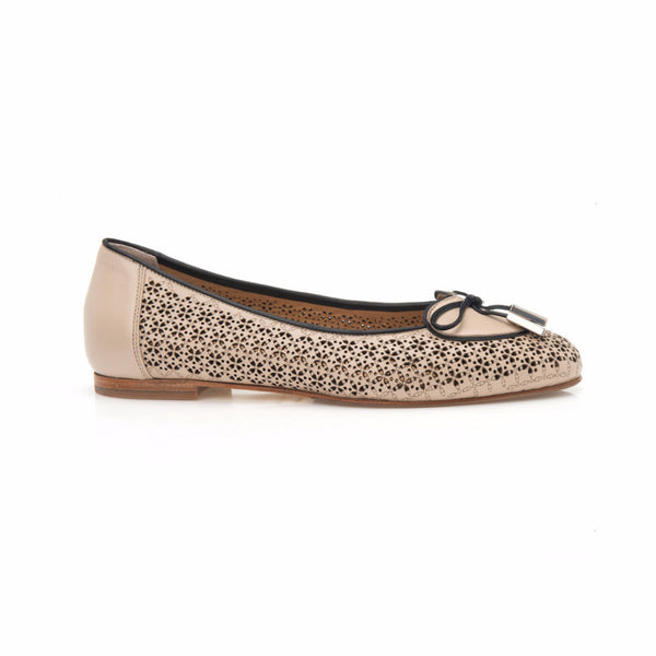 Cream and Black Leather Heart Shaped Ballet Flat