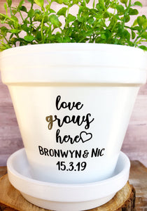 Love Grows Here with Couple Name & Wedding Date - Wedding Gift - Unity Ceremony - Wedding Present - Cute Flower Pot - Knox Pots - Knox Pot