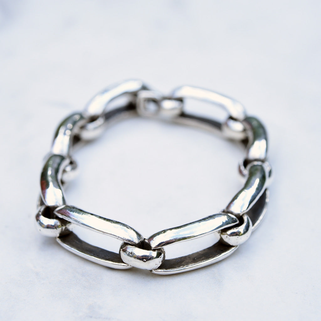 Bent Jewelry Medium Sterling Silver Loop Link Bracelet
