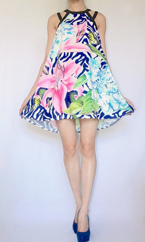 FIRST BLOOM LILIES SHIFT DRESS