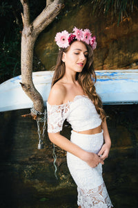 AMAZING LACE OFF THE SHOULDER CROP TOP - TOP - Koogal.com.au