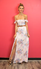 ADRIANA OFF THE SHOULDER MAXI FLOWY DRESS IN FLORAL