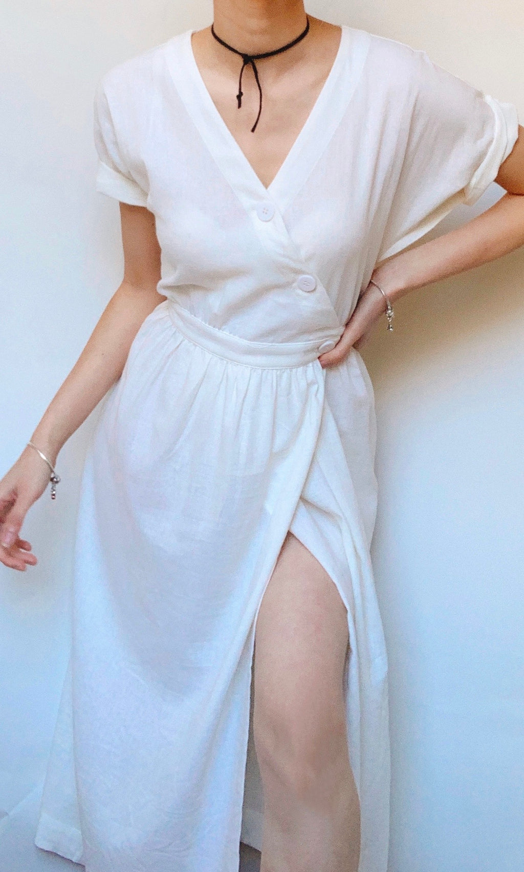 MORNING DEW LINEN MIDI DRESS WITH SIDE POCKETS IN WHITE - Koogal