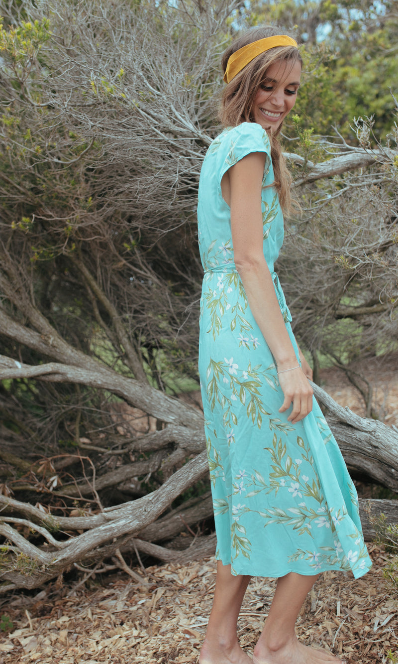 VIRIDI SHORT SLEEVE FLORAL WRAP MAXI DRESS IN LIGHT GREEN - DRESS - Koogal.com.au