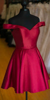 Simple Satin Off Shoulder Short Prom Dress Custom Made Short Burgundy Homecoming Dress Fashion Short School Dance Dress PDS031