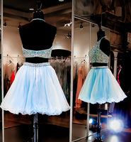 Sparkly Beaded 2 Pieces Short Homecoming Dress 2019 Custom Made Halter Open Back Cocktail Dress Fashion Two Pieces Sweet 16th Dress Short Beadings School Dance Dress HD070