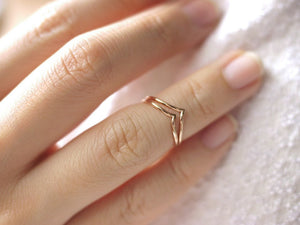 Alyssa Double Chevron Midi Ring - Rose Gold