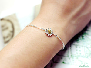 Ellie Flower Bracelet