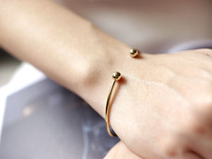 Eleanor Knot Bangle - Gold