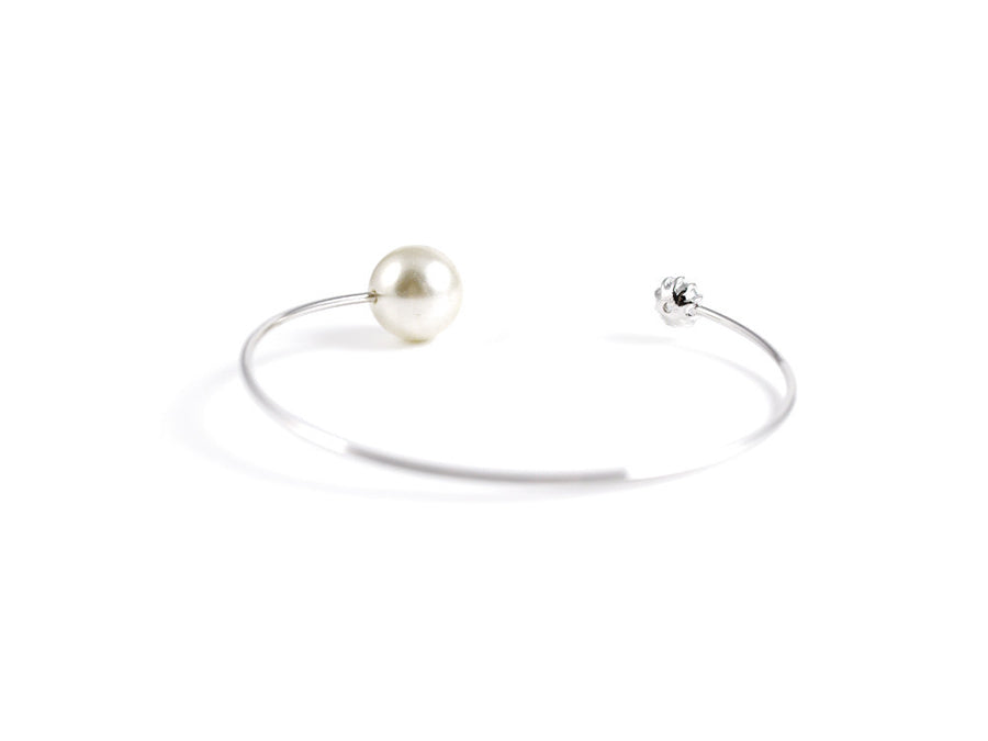 Tara Pearl and Cubic Bangle - Silver