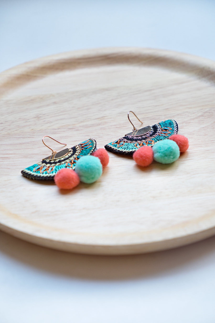 Happy Pom Pom Earring - Turquoise & Orange