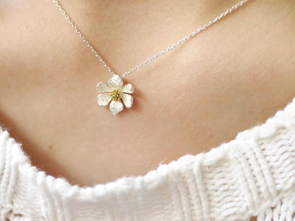 Portia Flower Necklace
