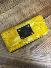 Load image into Gallery viewer, LV Mustard Cowhide Wallet