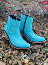 Load image into Gallery viewer, Liberty Black Turquoise Boots
