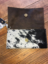 Load image into Gallery viewer, LV wristlet/wallet