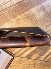 Load image into Gallery viewer, ARIAT RODEO WALLET