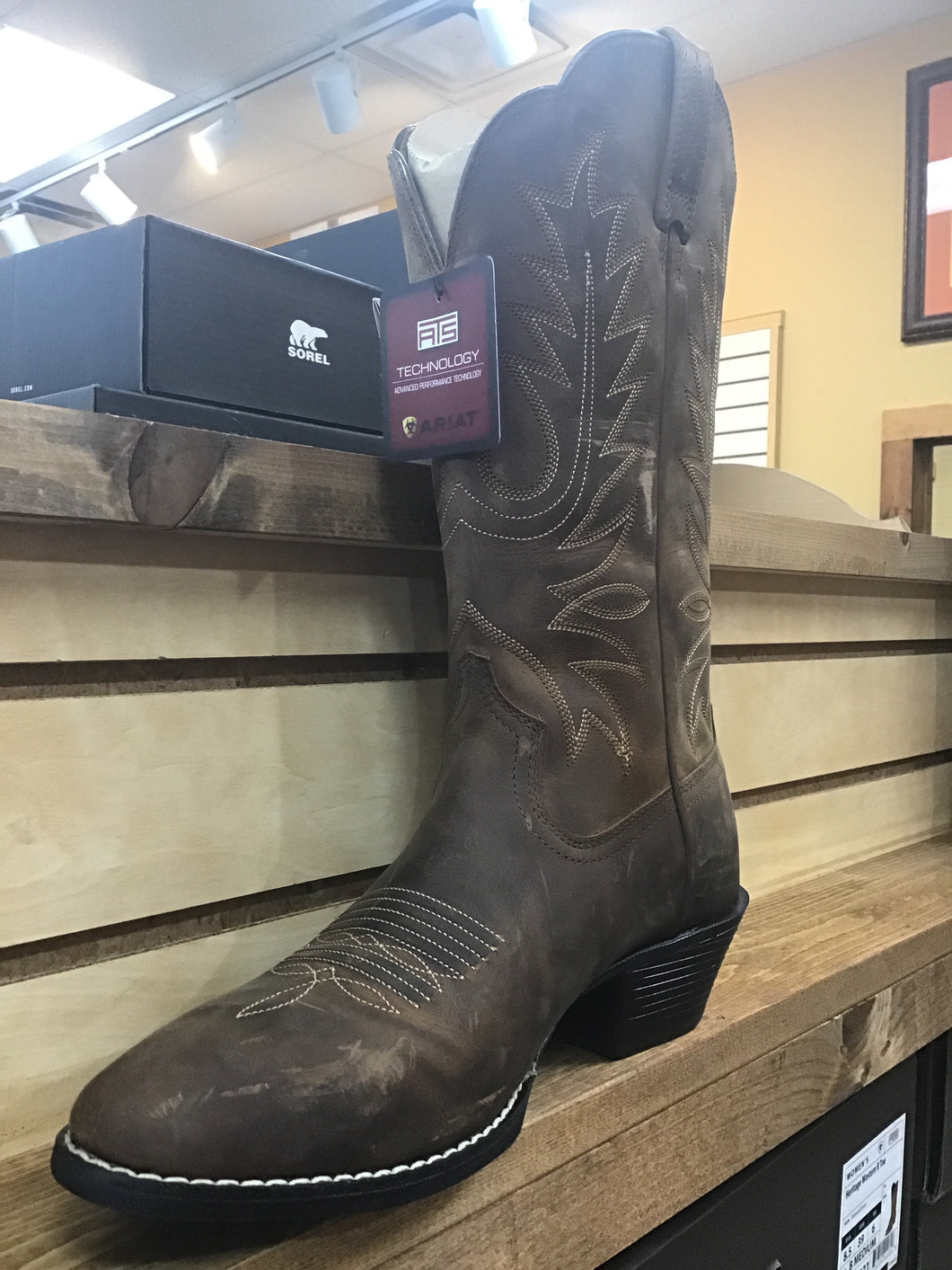 Brown Heritage Western Round Toe