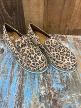 Load image into Gallery viewer, Ariat Youth Cheetah Cruiser