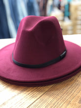 Load image into Gallery viewer, Felt Hats