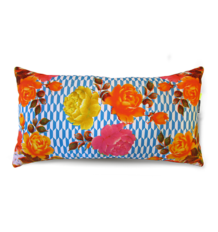 Damascene Flowers | blue pattern | velvet cushion