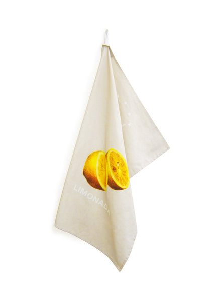 This towel illustrates beautiful vintage lemons that are used to make freshly squeezed lemonade served at all occasions in the Middle East. Limonada has a unique flavour due to the addition of flower water.