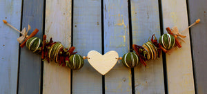 Cream Single Heart Garland