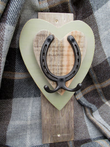 Vertical Horseshoe Hook - Olive