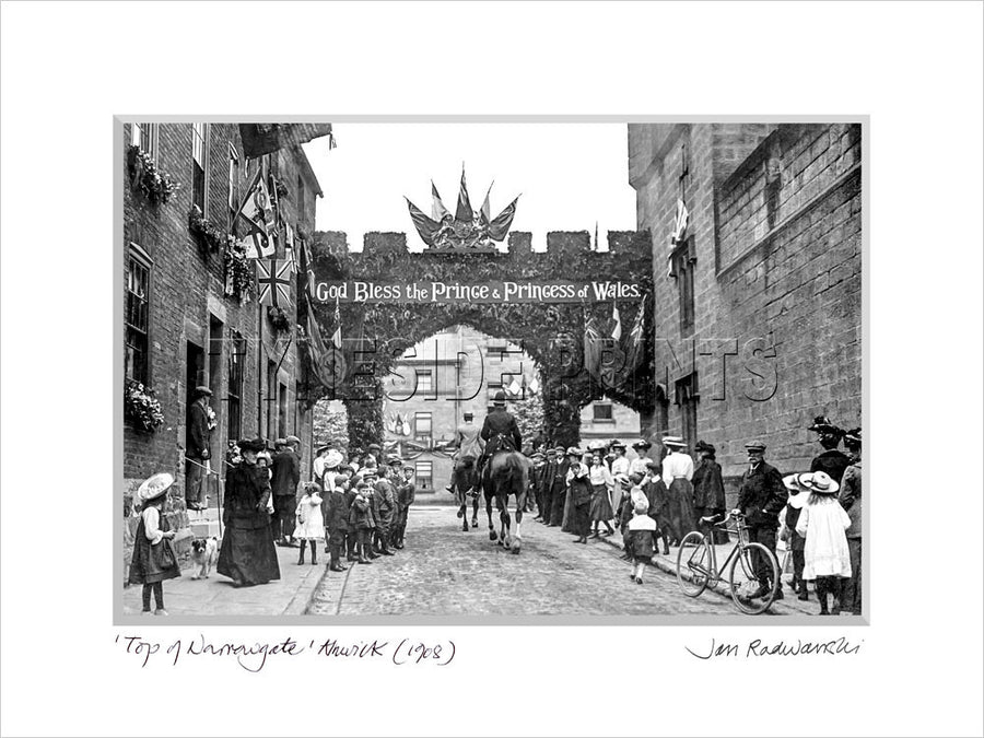 Top of Narrowgate Alnwick 1908 Mounted Fine Art Print