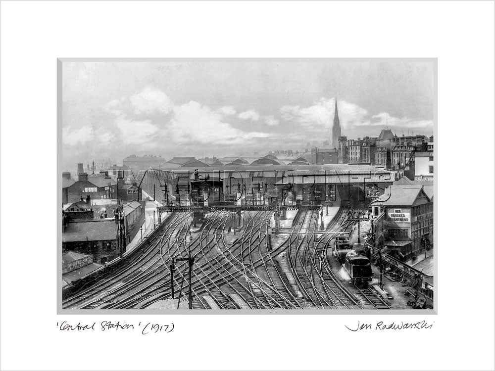Central Station Newcastle 1917 - Mounted Fine Art Print