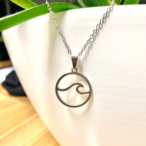 Perfect Wave Necklace