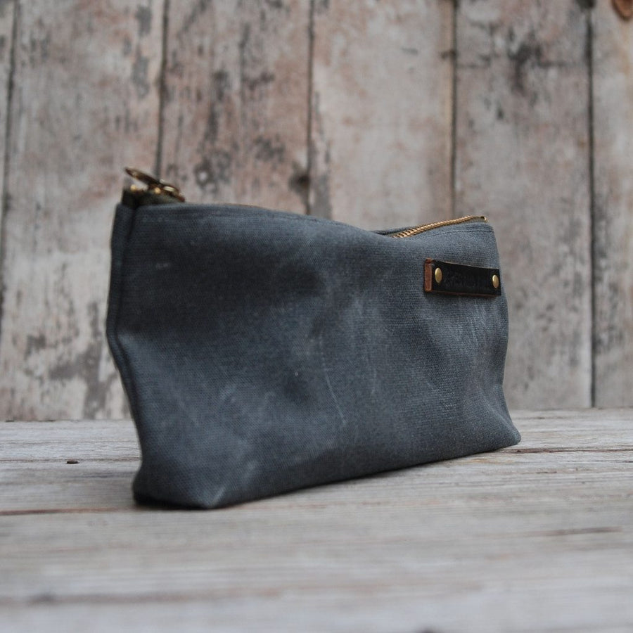 Peg and Awl Medium Pouch - Slate