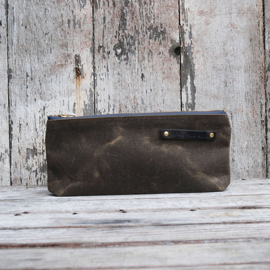 Peg and Awl Medium Pouch - Truffle