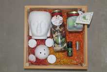 Load image into Gallery viewer, Pinewood Tray Aroma Hamper