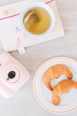 polaroid, tea, croissant, relaxation, community, collaboration, tografy, business coaching, help, kara hubbard, email marketing, flodesk, contracts