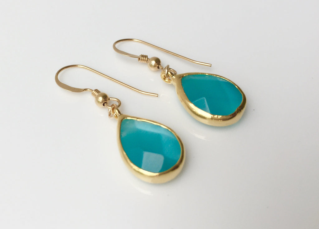 Light Blue Faceted Cateye Drop Earrings