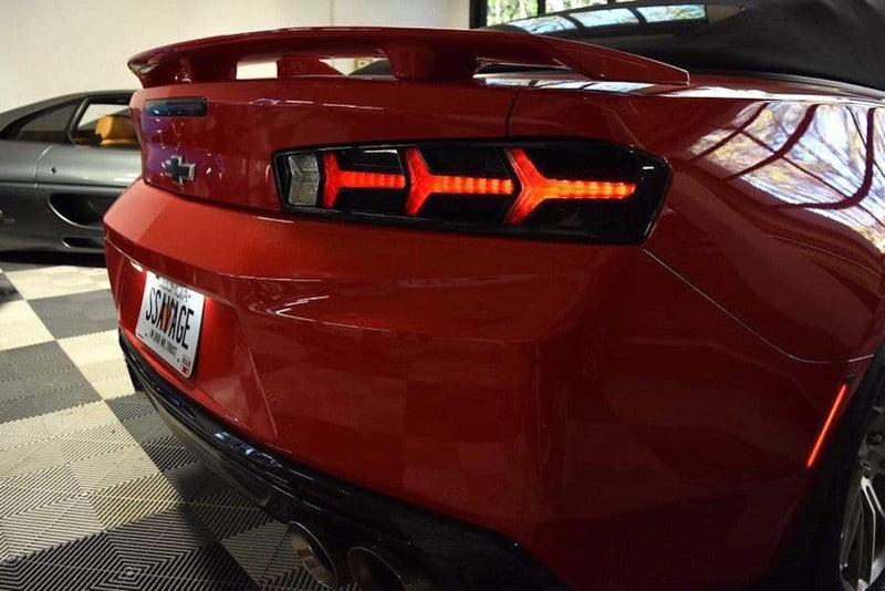 theretrofitsource Led Tail Lights Chevy Camaro (16-18): Morimoto XB LED Tails