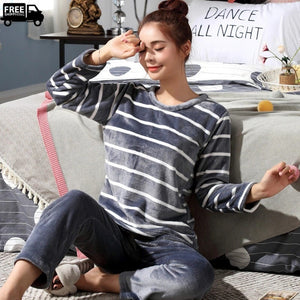 Women's Fleece Long Sleepwear Pajama Sets