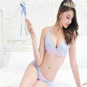 Women's Soft Mesh Lace Design Bra Set