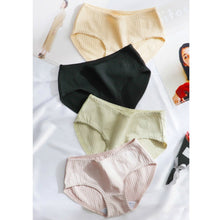 Load image into Gallery viewer, Soft Cotton Panties, Lining Panties, Pack of 2 Panties, Cotton Casual Panties, Everyday Panties, Comfortable Panties, Cute Panties, Sexy Panties, Women's Panties. Large Size Panties, XL Size Panties, Women's Soft Material Panties. Cotton Panties, Lining Design Panties
