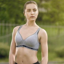 Load image into Gallery viewer, Seamless Thin Padded Wireless Sports Bra For Women's