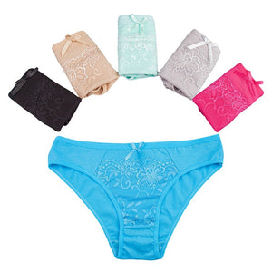 Packs of Lace Decorated Panties