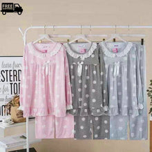 Load image into Gallery viewer, Women's Trim Lace Design Pajama's Set