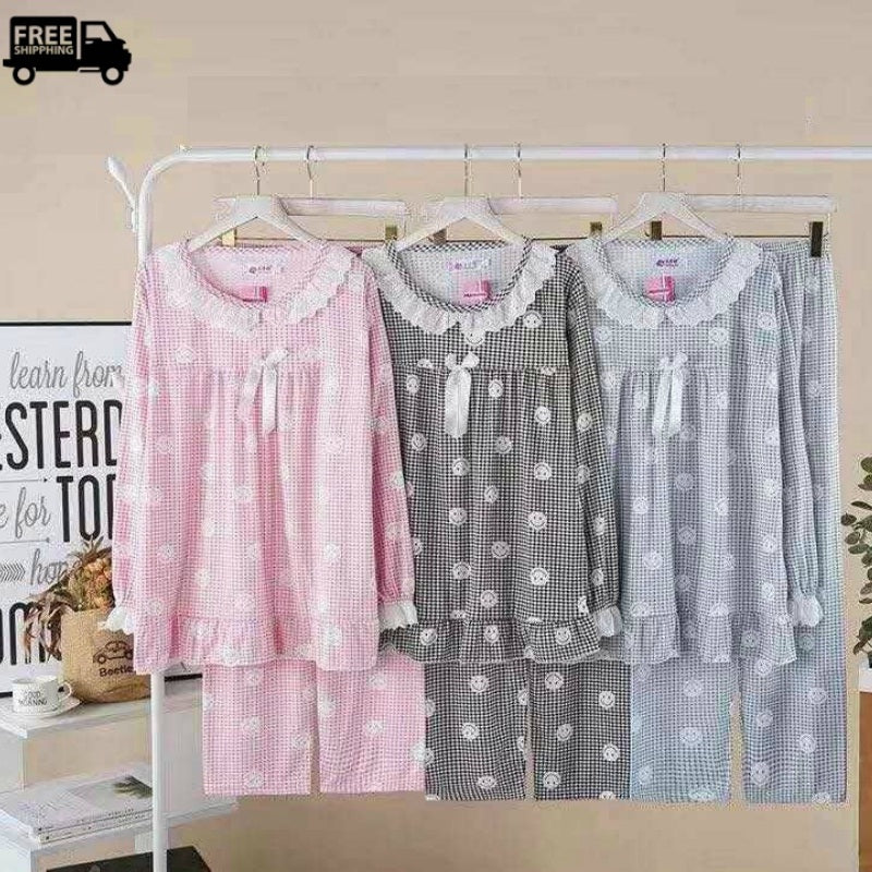 Women's Trim Lace Design Pajama's Set