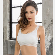 Load image into Gallery viewer, Pack of Seamless Pullover Removable Pads Bra