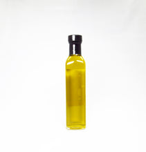 Load image into Gallery viewer, Persian Lime Infused Olive Oil