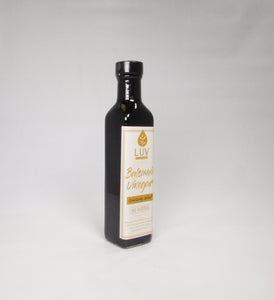 Cranberry Walnut 25 Star Dark Balsamic Vinegar