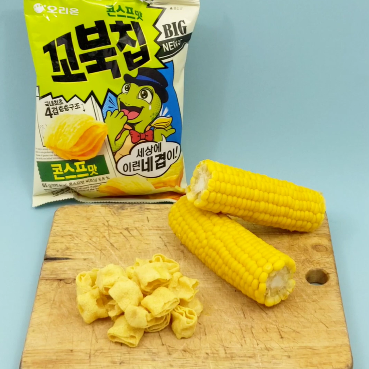 kobuk chip korean chips with two sweetcorns cinamon powder korean snack